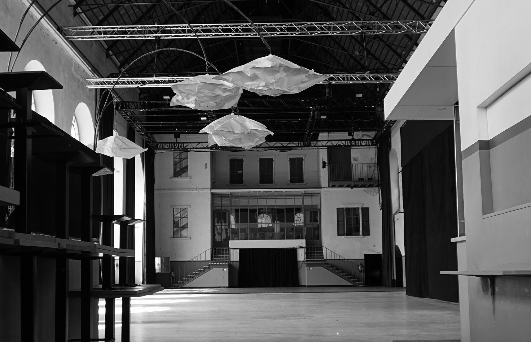 Belle usine grande salle fully